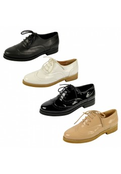 D4617 Low heeled brogue shoes Was £8.99 Now £2.99 each + vat
