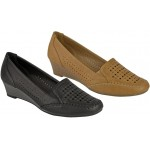 5105 Low wedge casual office court shoes with punched design apron / sides and elastic gusset £5.99 each